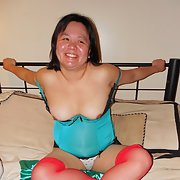 Cambodian over seas milf visting her first home made sexy pics