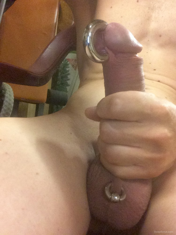 Who likes to play with my hard cock