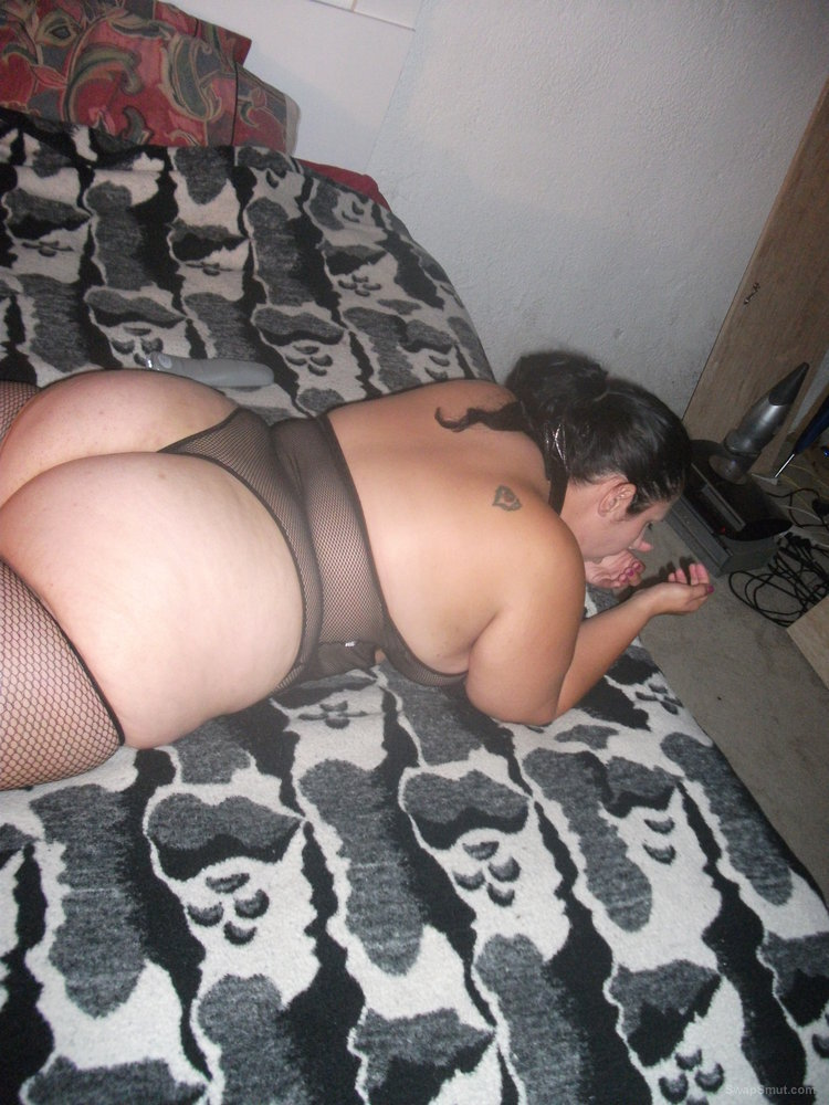 My girl is a sexy BBW with thick thighs and pretty eyes