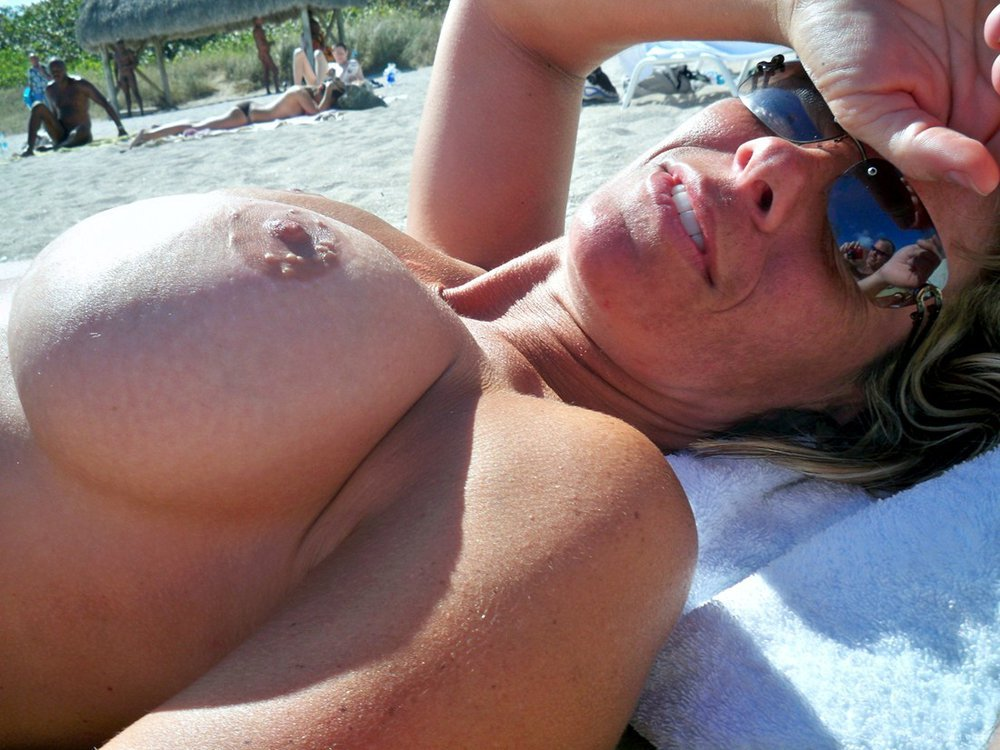 Pity, Sexy milfs nude beach valuable