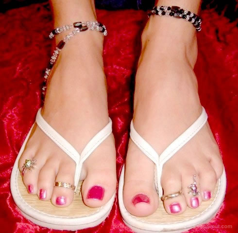 sexy toes i wanna suck on foot fetish pics