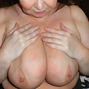A sexy mature laday that loves to have fun