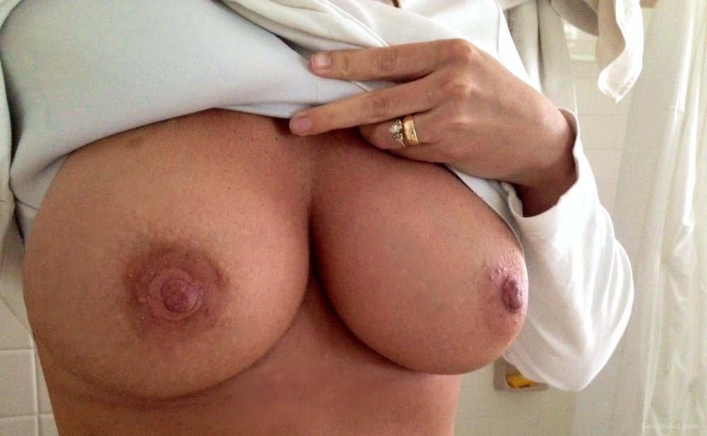 Beautiful nipples, full tits, awesome body, curvy, suckable nipples