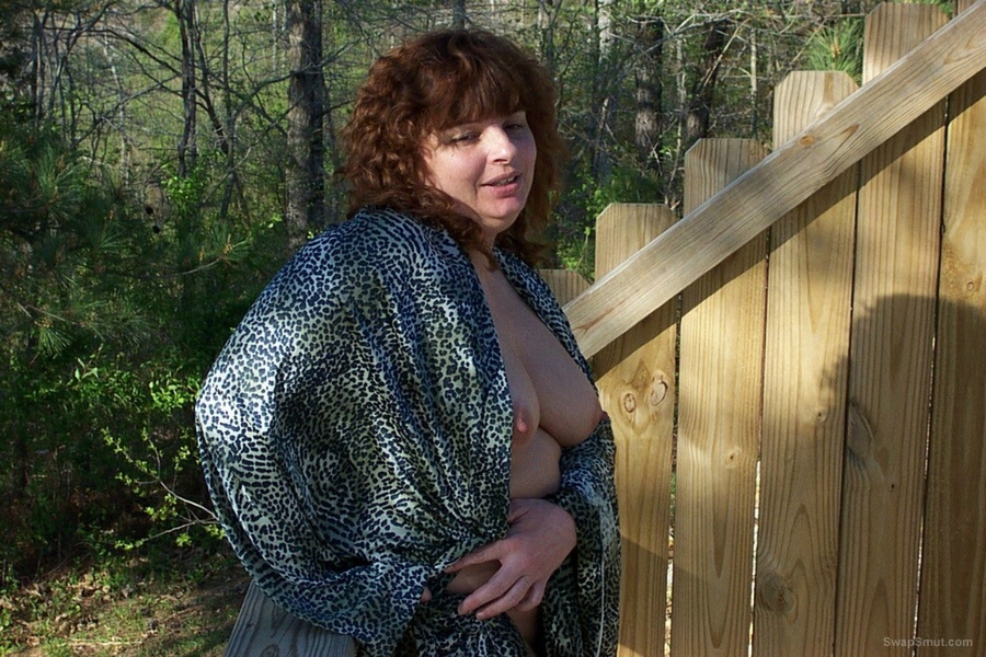 Annie Outdoors & Loving It Public Flashing