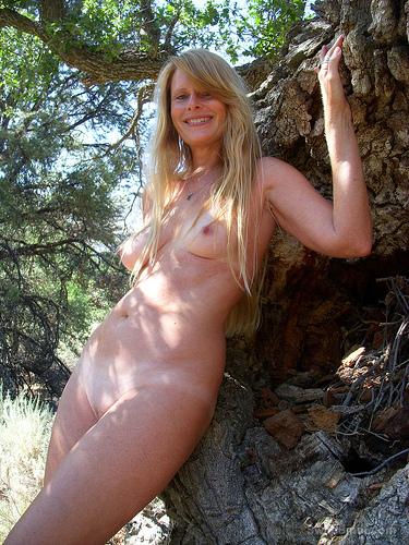 Gisela outdoors