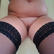 Just a bored horny chubby house wife looking for LOVE