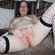 Sweet milf with a lovely juicy pussy
