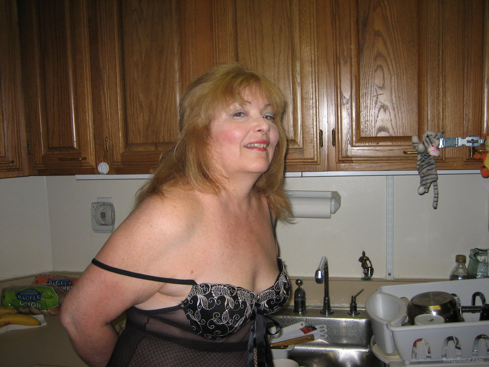 Grannys gilf hunger filmed as i like wearing lingerie and looking sexy