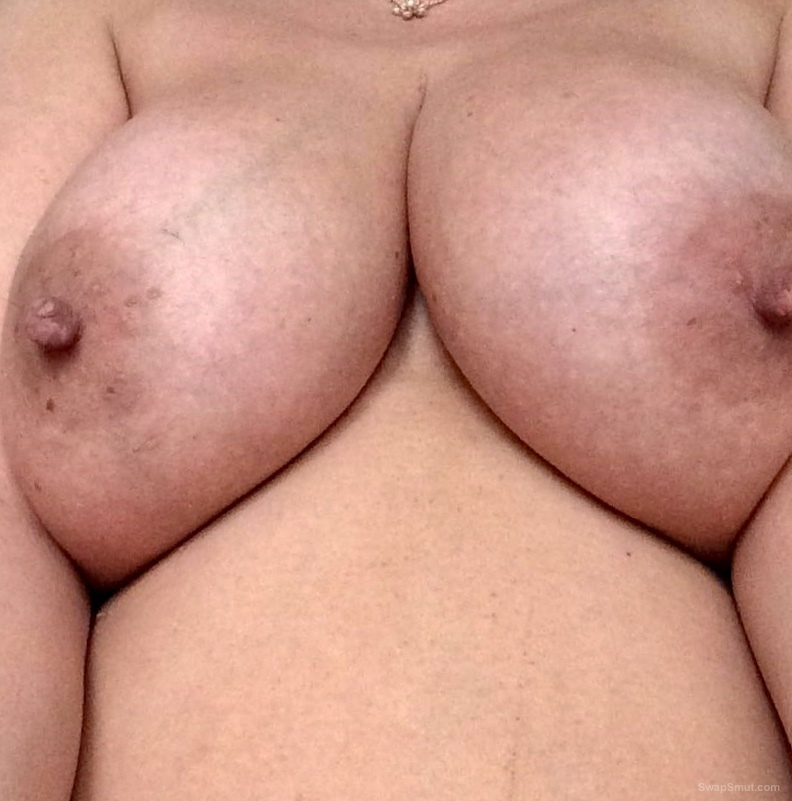 More photos of the wife for you to look at
