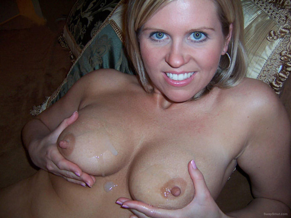 Busty sexy milf from THE U.S.A loves cock