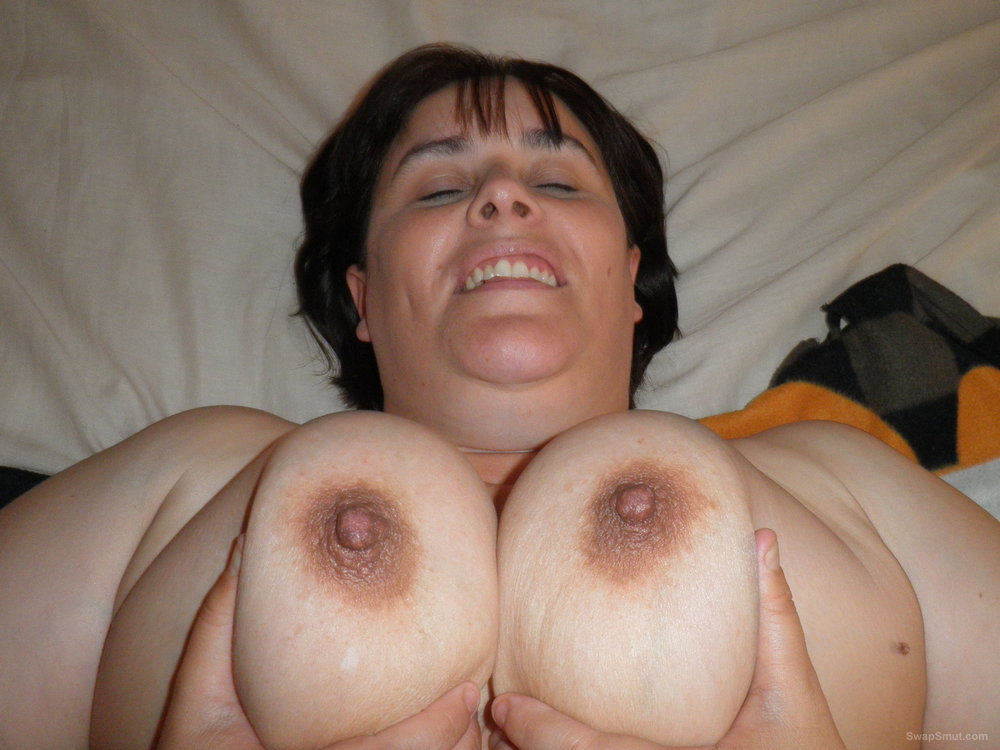 A real milf with big tits that just wants to show you how good she looks naked