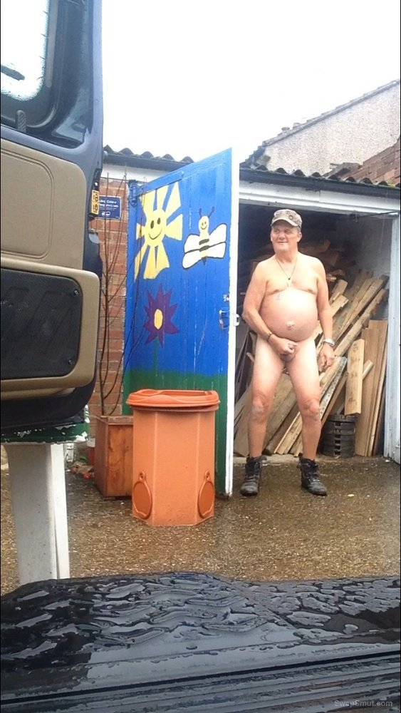 Dougs having a great time naked and having a good stiff wank