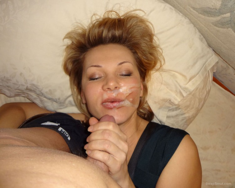 Milf blonde bitch just her mouth and likes it covered with creamy spunk