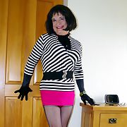 DENISE IN BLACK FF NYLONS AND HEELS 2