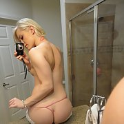Petite sexy blonde bareback fuck photos