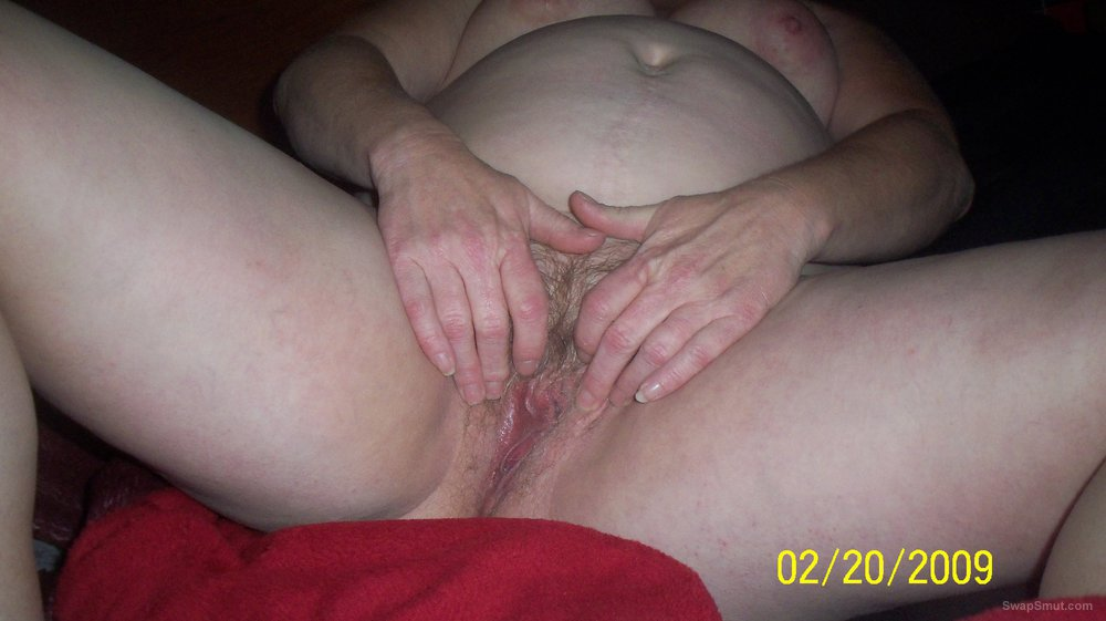 Mature wifes big nipples tits and hairy pussy