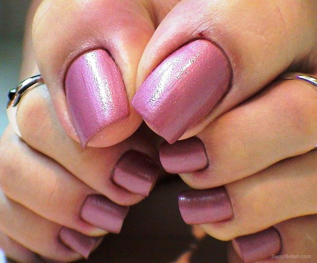 sexy pianted toes with cum on