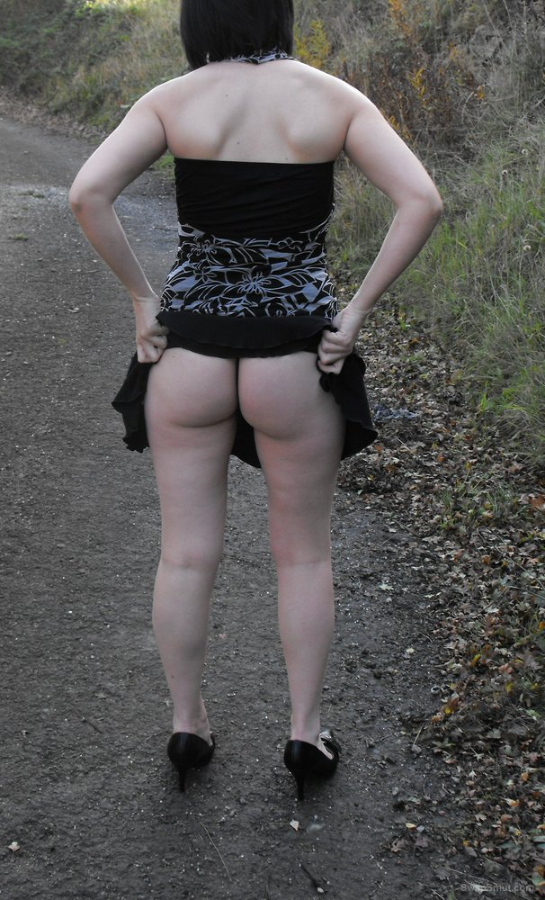 Few sexy pics of my wife tell her what you think