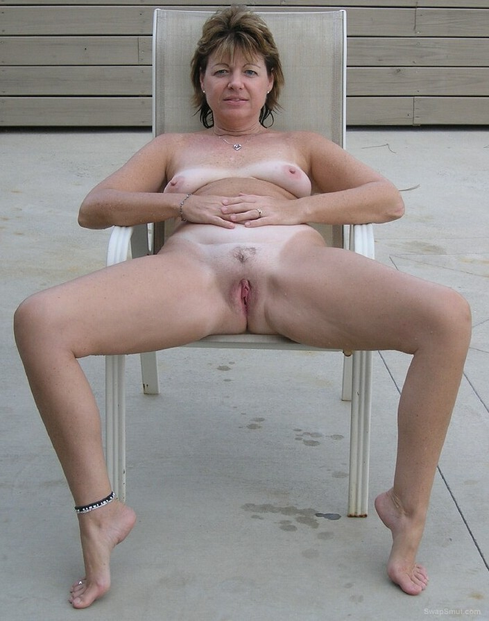Sexy wife spreading her legs for the camera