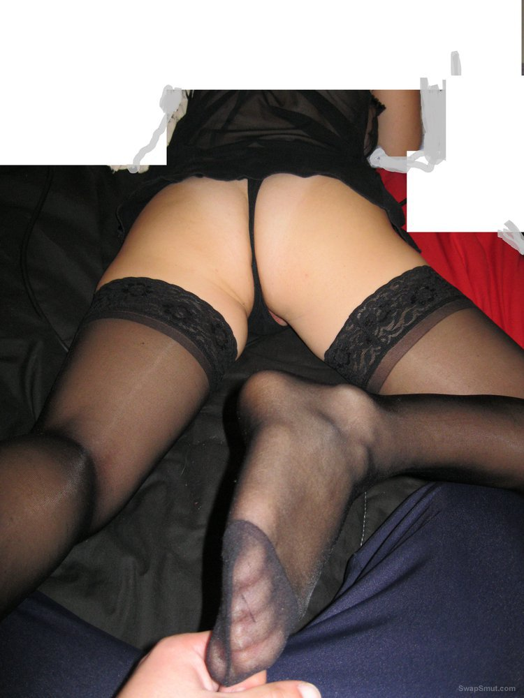 Mary in Pantyhose and various nylons, fourth album to enjoy