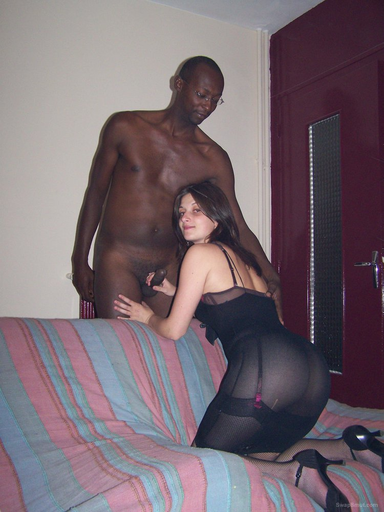 Cuckold wife loves a regular blacking