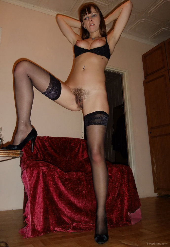 Can hairy pussy in stockings have hit