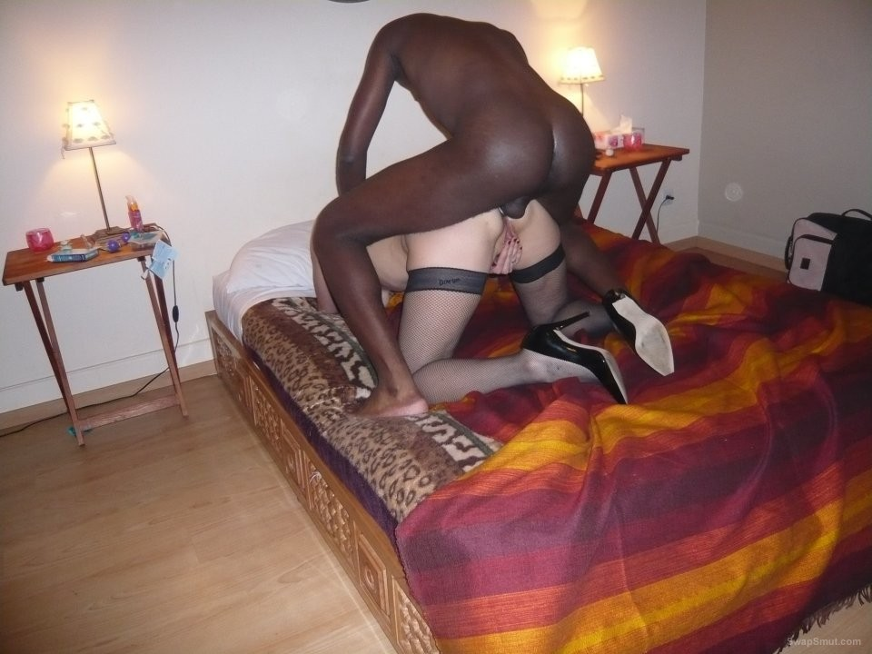 Cuckold wife photographed breeding with well hung blacks
