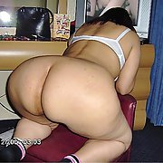 A Mexican lady of monumental and huge ass 01
