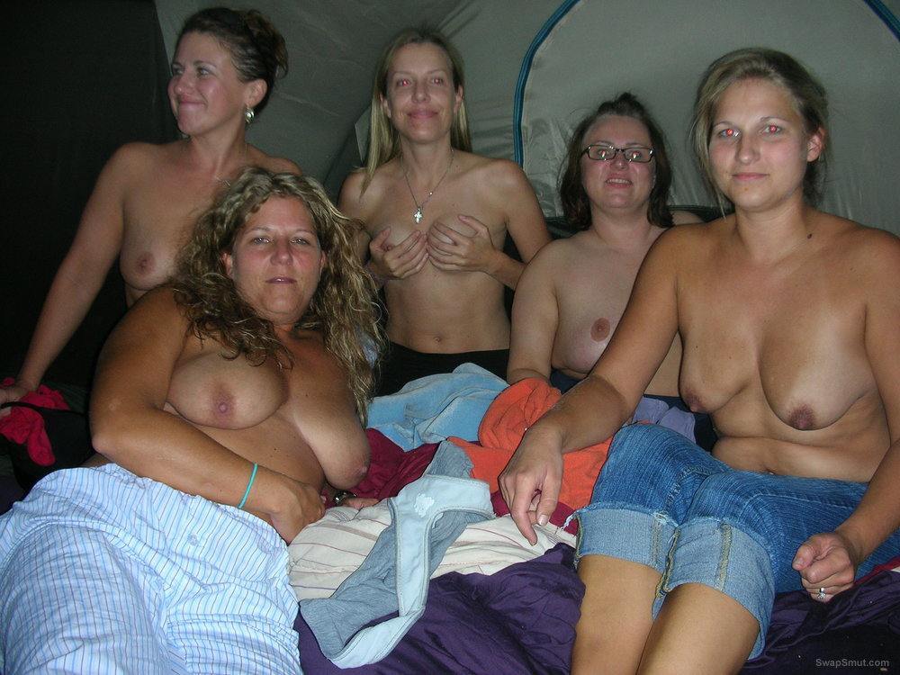Wife showing tits in a group of friends showing also