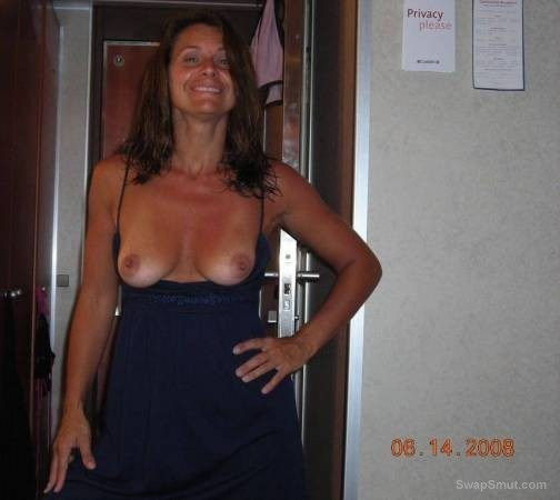 sexy wife wants tr try first threesome sex