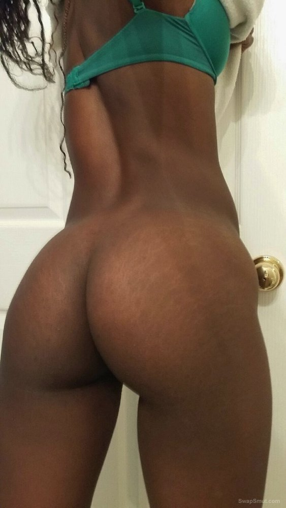My Black Girlfriend Magan Shows her Tight Body