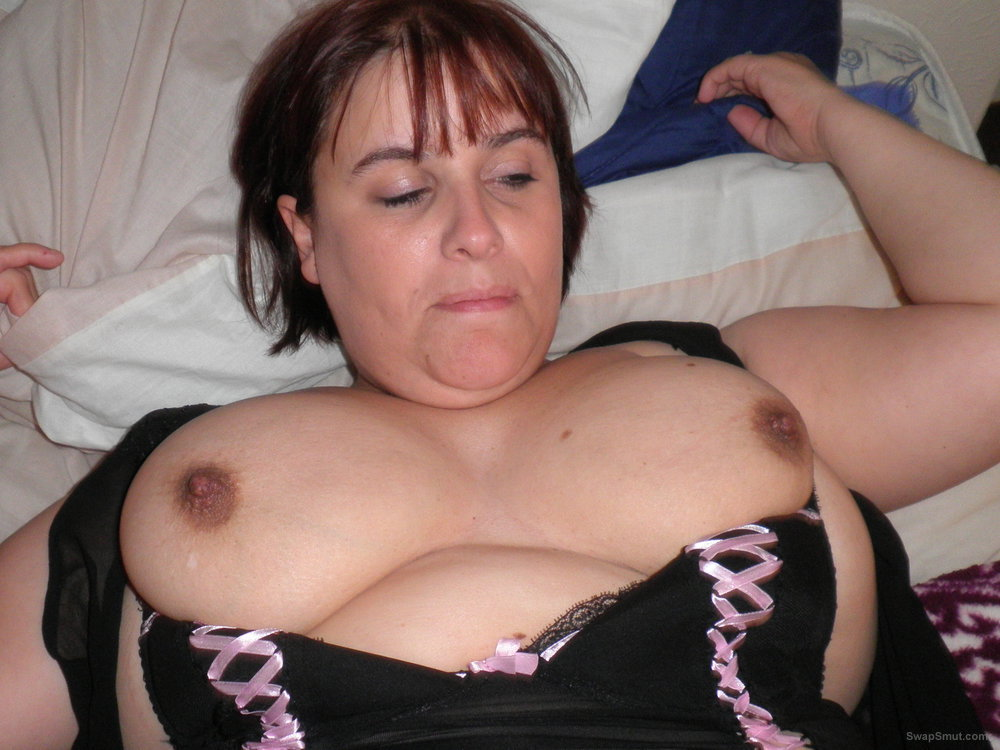 A real naughty MILF with big boobs that loves to please