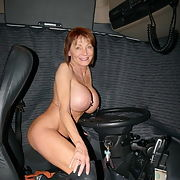 Sandra for full Exposure she wants to be Reposted to