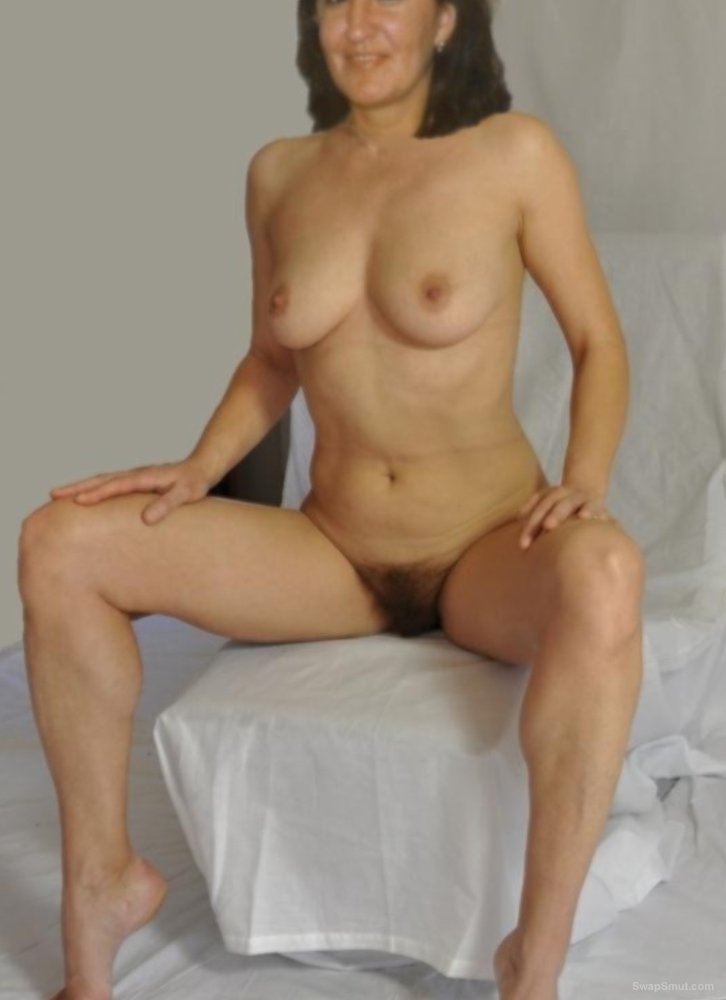 Salomé my wife naked for yours eyes showing the world her sexy body