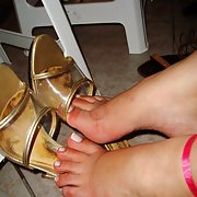 BRUTUX FEET FOOT TOES LATIN FOOT FETISH AMATEUR PICS