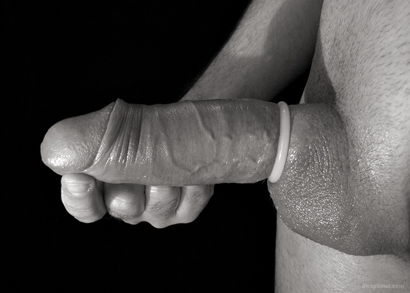 My European 9 inch cock, Located in Washington DC area, always hard and horny