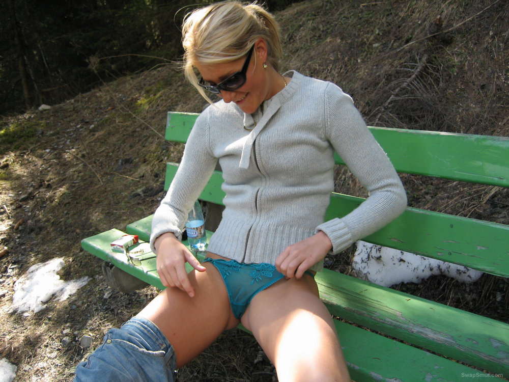 Blonde caught masturbating on park bench while out walking