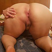 Chubby wife ass and curvy body