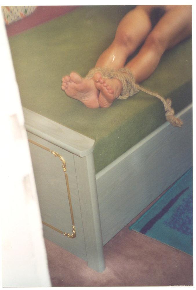 tied slavegirl
