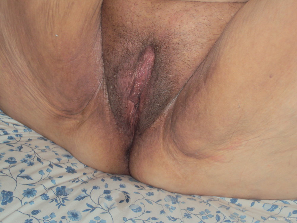 new pics 1 showing off mature bbw pussy and ass