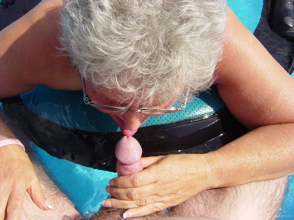 Wife sucking