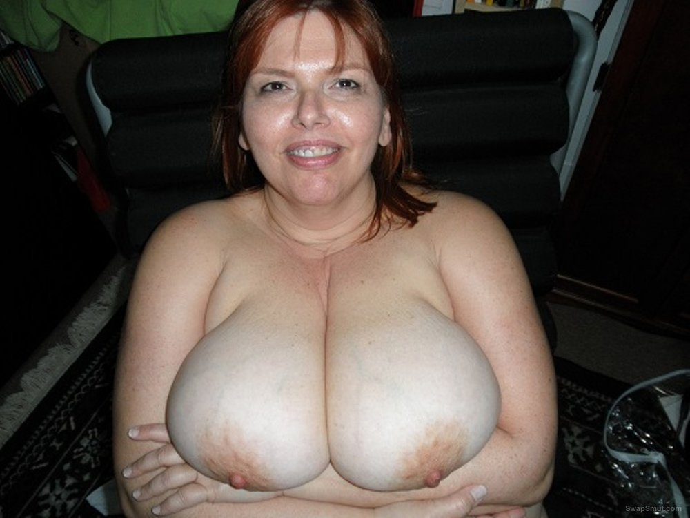 Busty Bbw Nudists