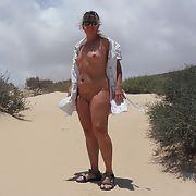 Lisa flashing at the public beach