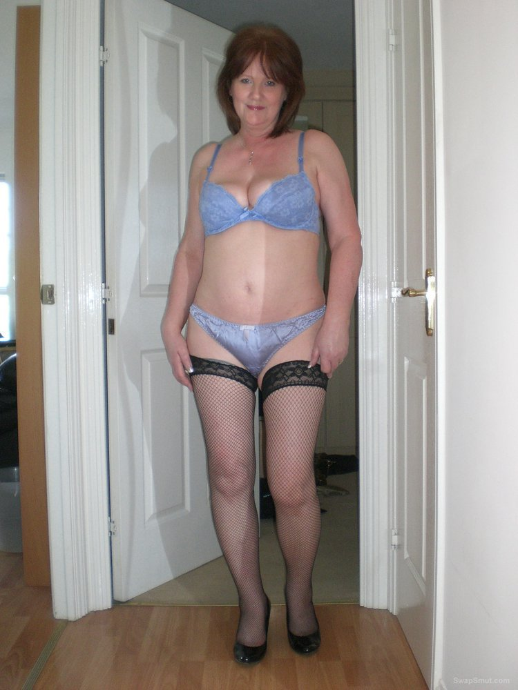 A sexy GILF named LORNA posing for your pleasure in her undies