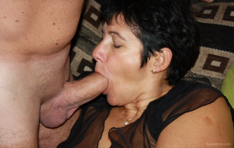 Mature whore in an orgy with their fans, you like this mature slut