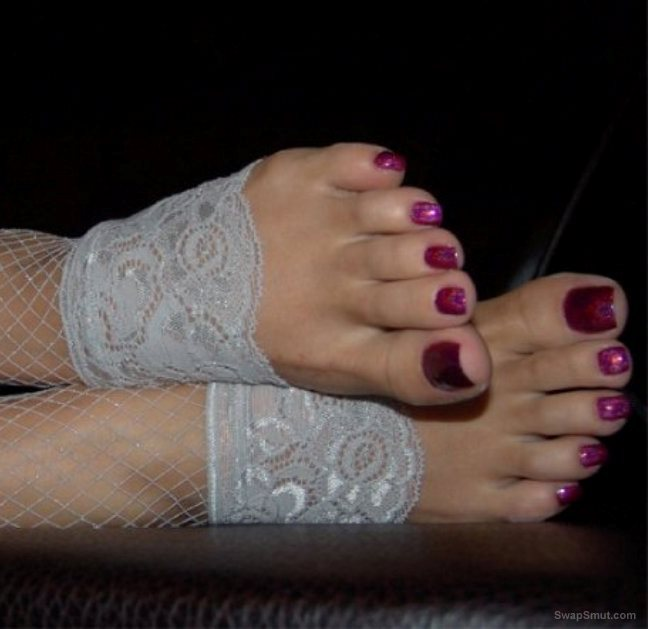 Just some of my friends sexy toes you know I love Feet and toe's