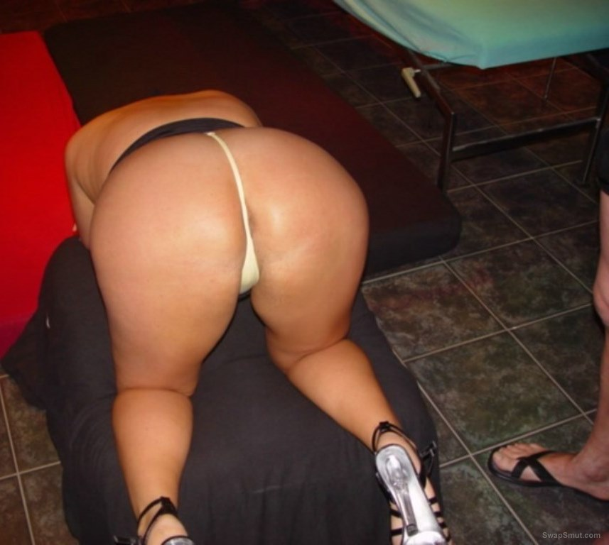 Phat ass wife getting used at a club touched up at bar and fucked