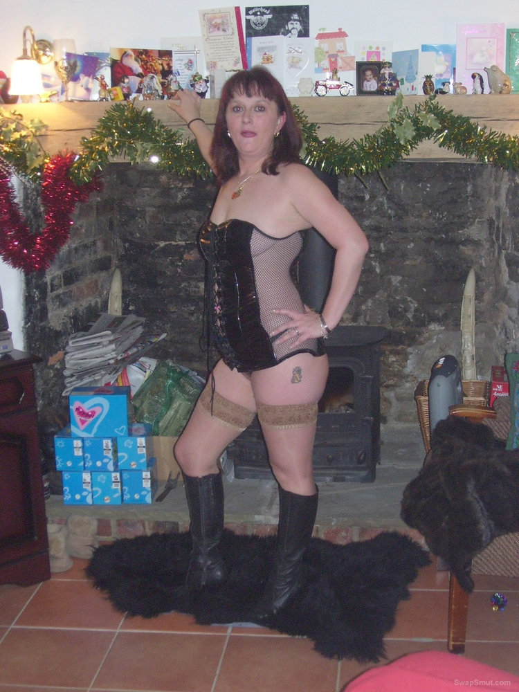 Slutwife deb in pvc tan stockings and boots posing for amateur pics