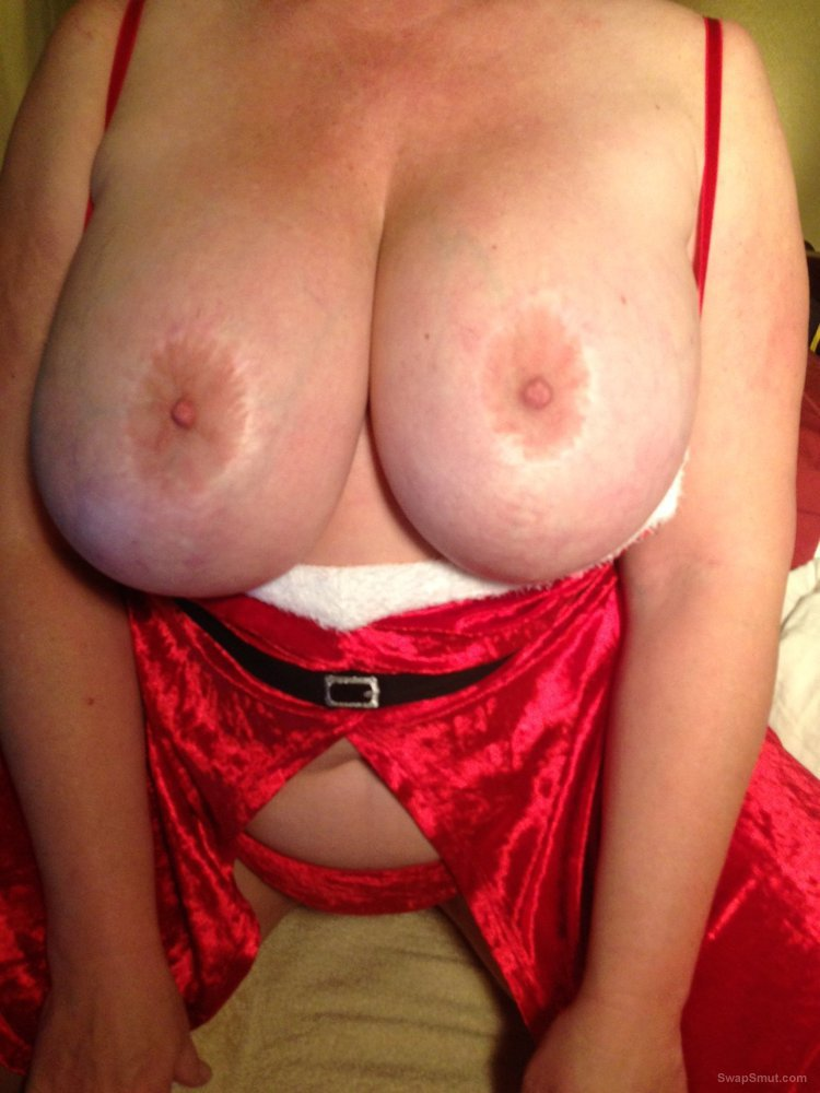 A few more of my tits and phat ass wearing sexy red