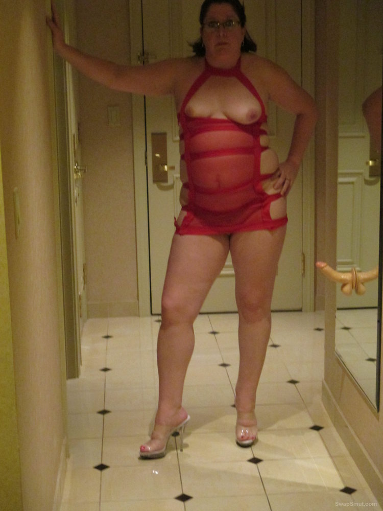 My sexy wife posing for me at a casino, so much fun